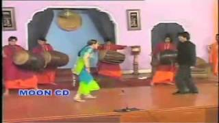 mujra har pasey dhol wajdey   nargis mujra 2010 new HD from sabir abrar