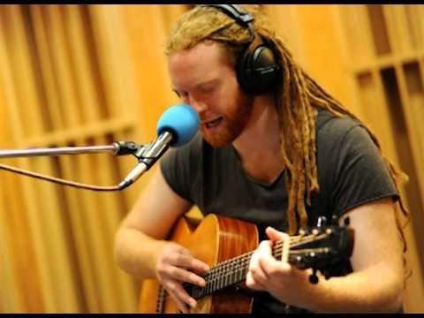 Newton Faulkner - Payphone BBC Live Lounge
