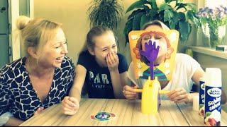 Челендж ТОРТ В ЛИЦО.PIE FACE CHALLENGE. Маша, мама и бабушка играют