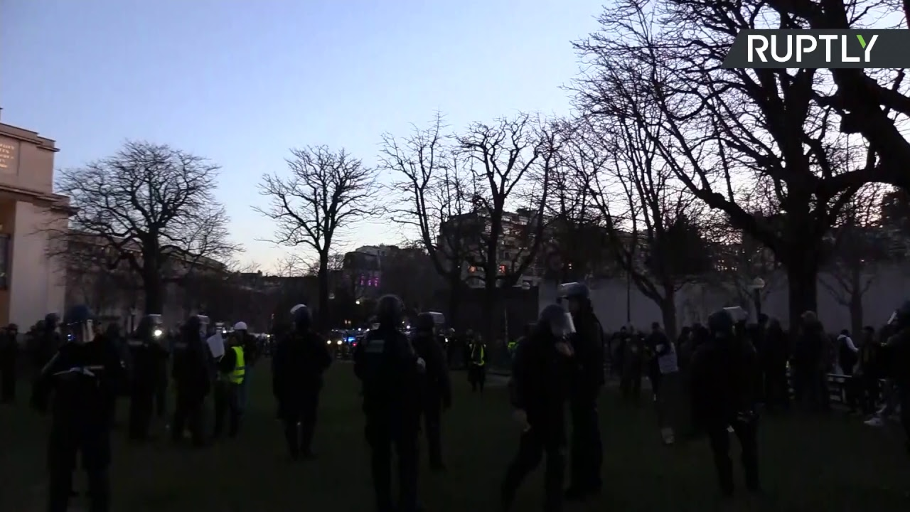 15-я акция протеста «жёлтых жилетов» в Париже