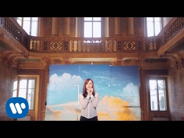 annalisa-una-finestra-tra-le-stelle-official-video-sanremo-2015-warner-music-italy