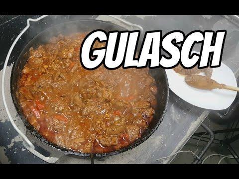 gulasch-vom-rind-aus-dem-petromax-dutch-oven-(feuertopf)