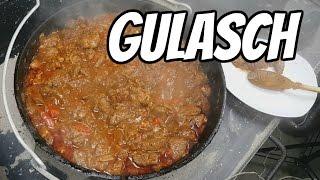 Gulasch vom Rind aus dem Petromax Dutch Oven (Feuertopf)