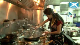 Deepti Bhatnagar Prepares Steamy Vegetable Noodles In Dubai's Le Meridien Hotel