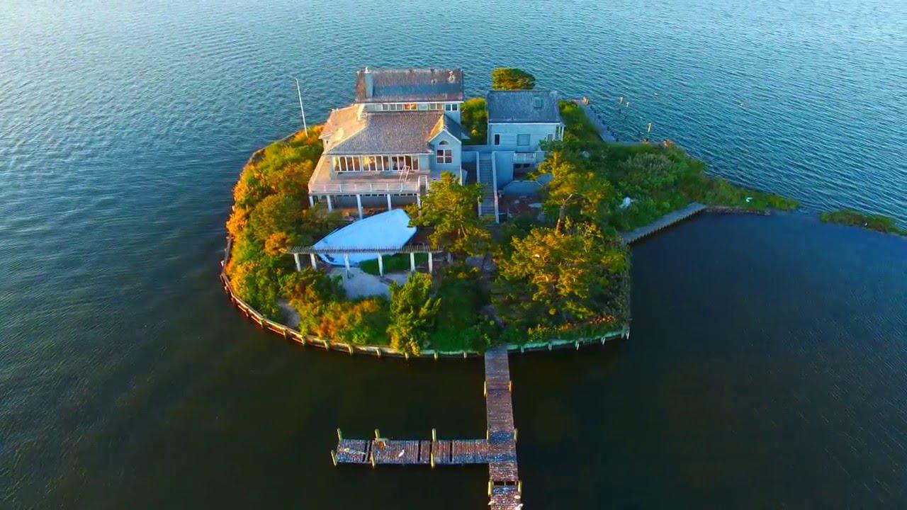 Middle Sedge Island House