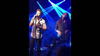 Playing with Fire - Thomas Rhett feat. Jordin Sparks (Live)