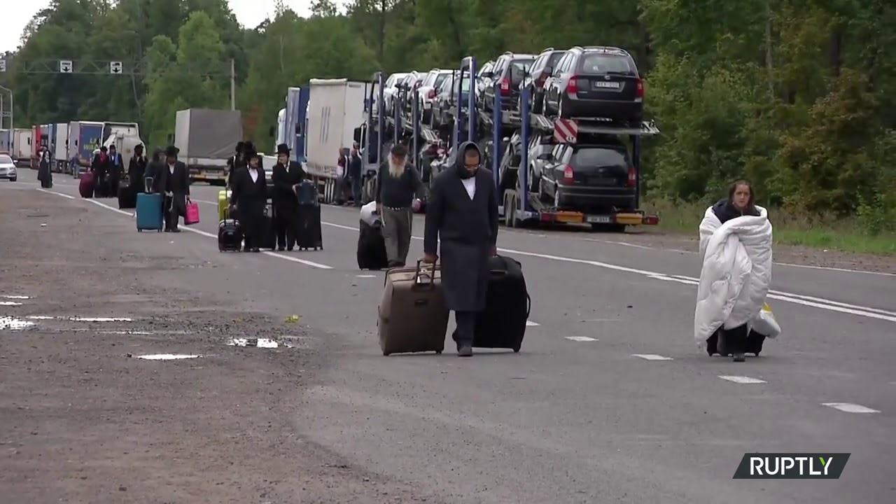Belarus: Breslov Chasidim Leave Checkpoint on Ukraine Border