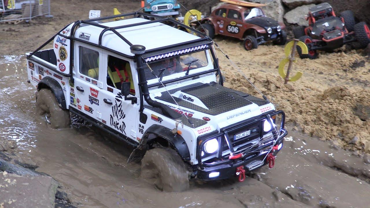 rc land rover defender 130 pick up mud erlebnisw. Black Bedroom Furniture Sets. Home Design Ideas