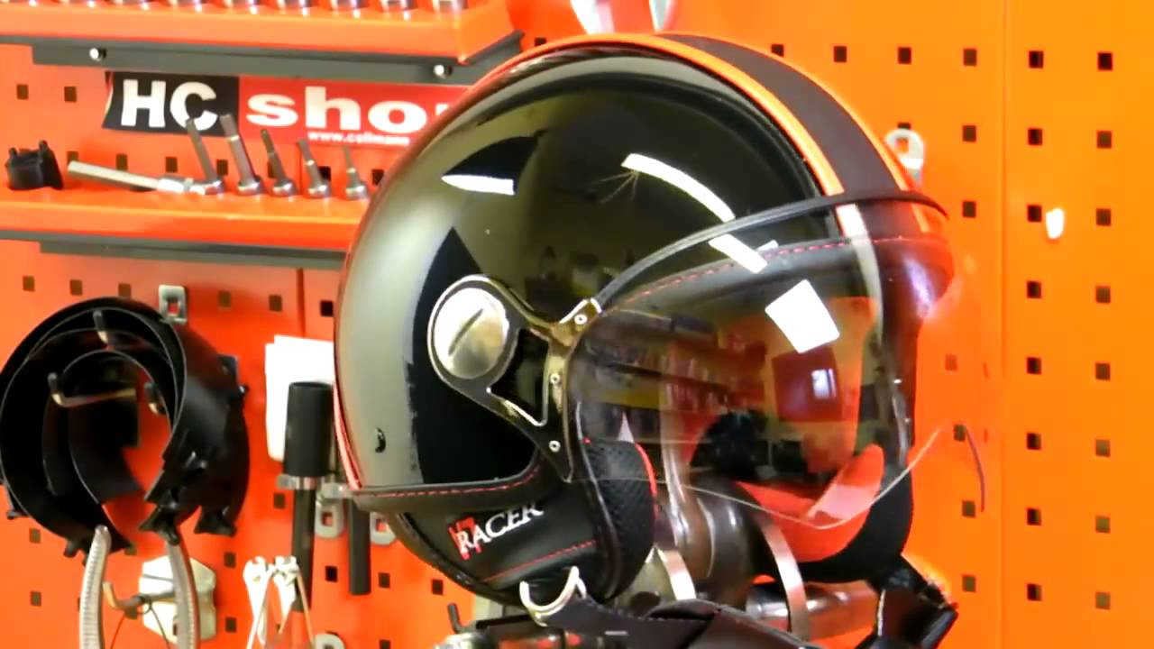 moto guzzi v7 racer helm bekleidung 2011 youtube. Black Bedroom Furniture Sets. Home Design Ideas