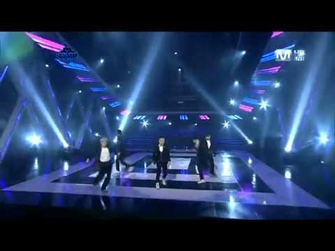 [HD] Love Song - BIGBANG (M!COUNTDOWN LIVE)