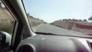 Первый раз на машине по Кипру(Взяли в аренду машину на Кипре. Заказывали Форд Фокус, получили Фиесту. Засняли немного видео как первый..., 2010-06-24T01:20:03.000Z)