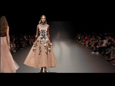 Hussein Bazaza   Spring/Summer 2018   Fashion Forward Dubai