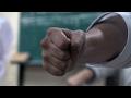 衝撃!沖縄空手の受けの破壊力! Amazing defense of Okinawan Karate