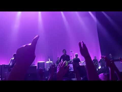 Noel Gallagher´s High Flying Birds - Half The World Away (Luna Park, Argentina) 04.11.18