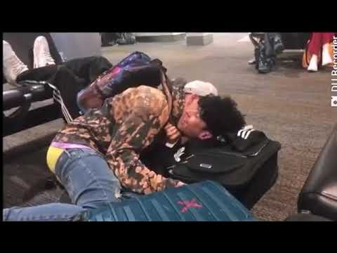 RoadTripTv kissing moments💋❤❤