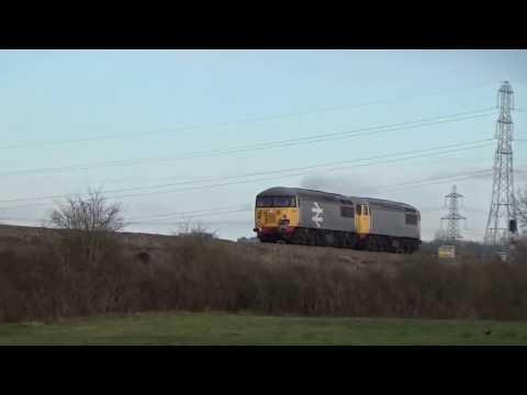Railfreight class 56098 'Lost Boys 68-88'+56104 powers through Ram hill