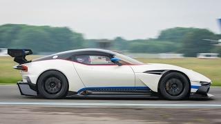 StigCam  Aston Martin Vulcan   Top Gear