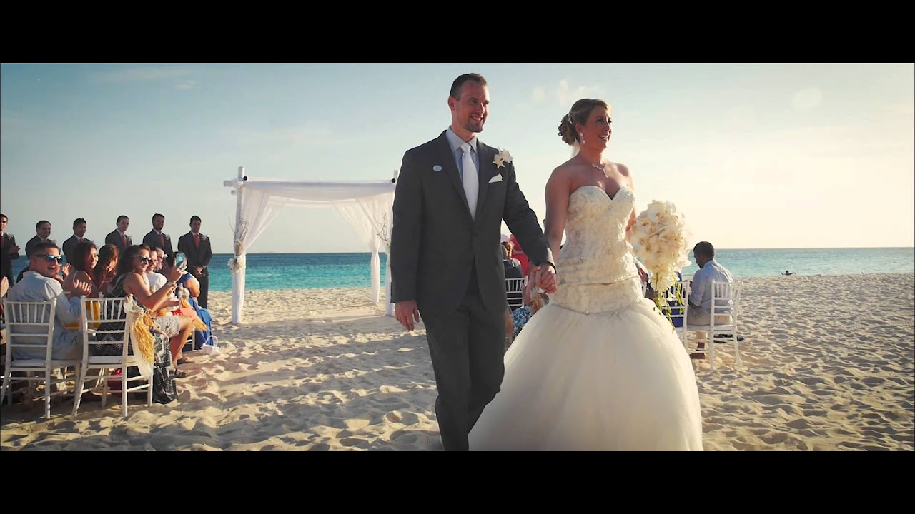 Greg And Carlyn Divi Resorts Aruba Wedding