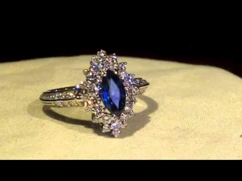 кольцо с сапфиром .