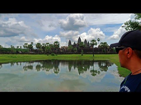 ANGKOR WAT TEMPLE TOMB RAIDER TOUR - Siem Reap Cambodia 4