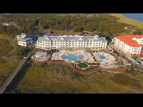 Lowcountry Living: The Beach Club At Charleston Harbor Resort And Marina