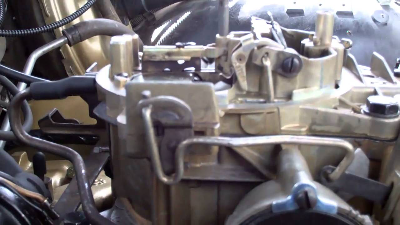 linkage detail video of quadra jet at alexs auto 7/26/11 - YouTube