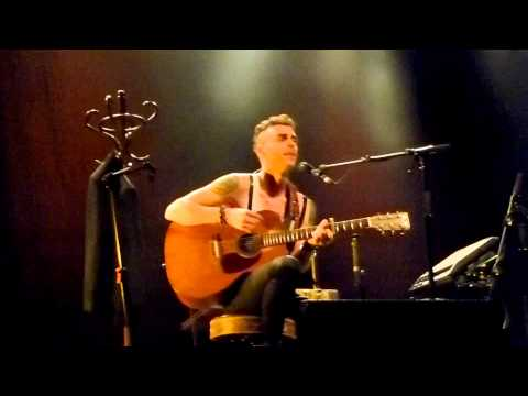 Asaf Avidan solo acoustic live in concert (audience filmed) Muffathalle Munich 2014-10-18
