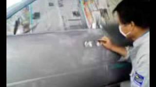 プロの技術:自動車鈑金・塗装(2)磨き8.11.29 thumbnail