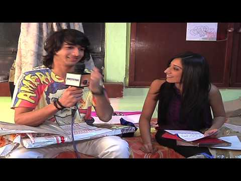 Vrushika and Shantanu gifts segment- Part 11 from YouTube · Duration:  6 minutes 12 seconds