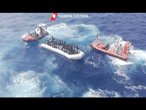 Italian Coast Guard Rescues 350 Migrants in Mediterranean