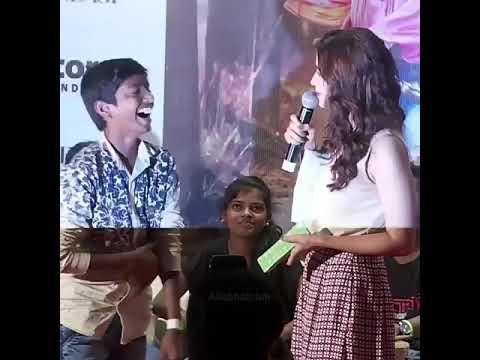 Download Aliya bhatt backstage Small boy Kiss Alia bhatt