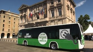 فرنسا تطلق أول حافلة كهربائية بنسبة 100%