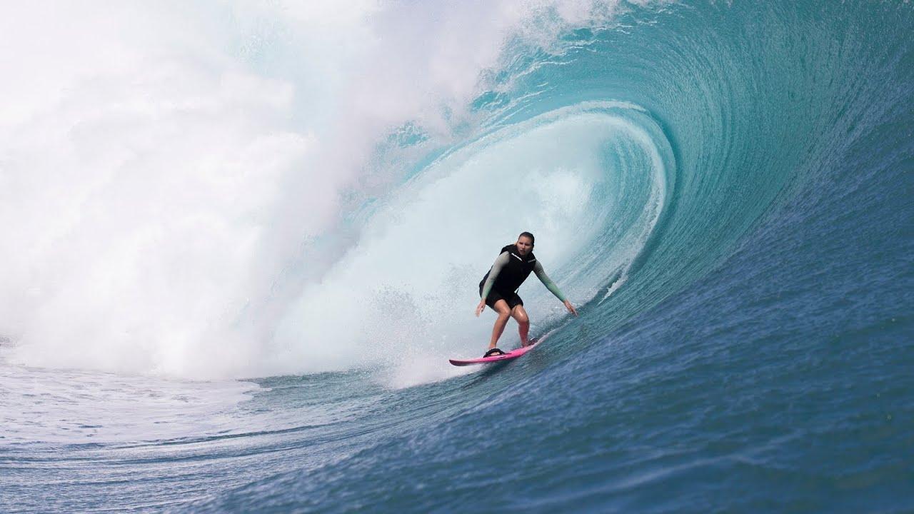Maya Gabeira Surfs Giant Waves At Teahupoo Youtube