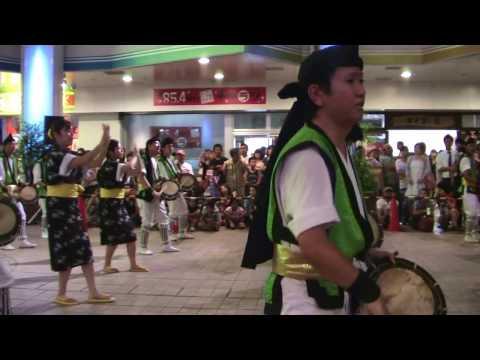 「唐船ドーイ」の迫力 2013エイサーナイト(中の町青年会)