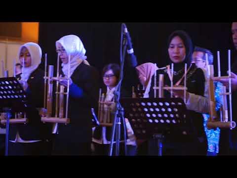 Perform Budaya Persembahan 258 Nakes Teladan Se-Indonesia