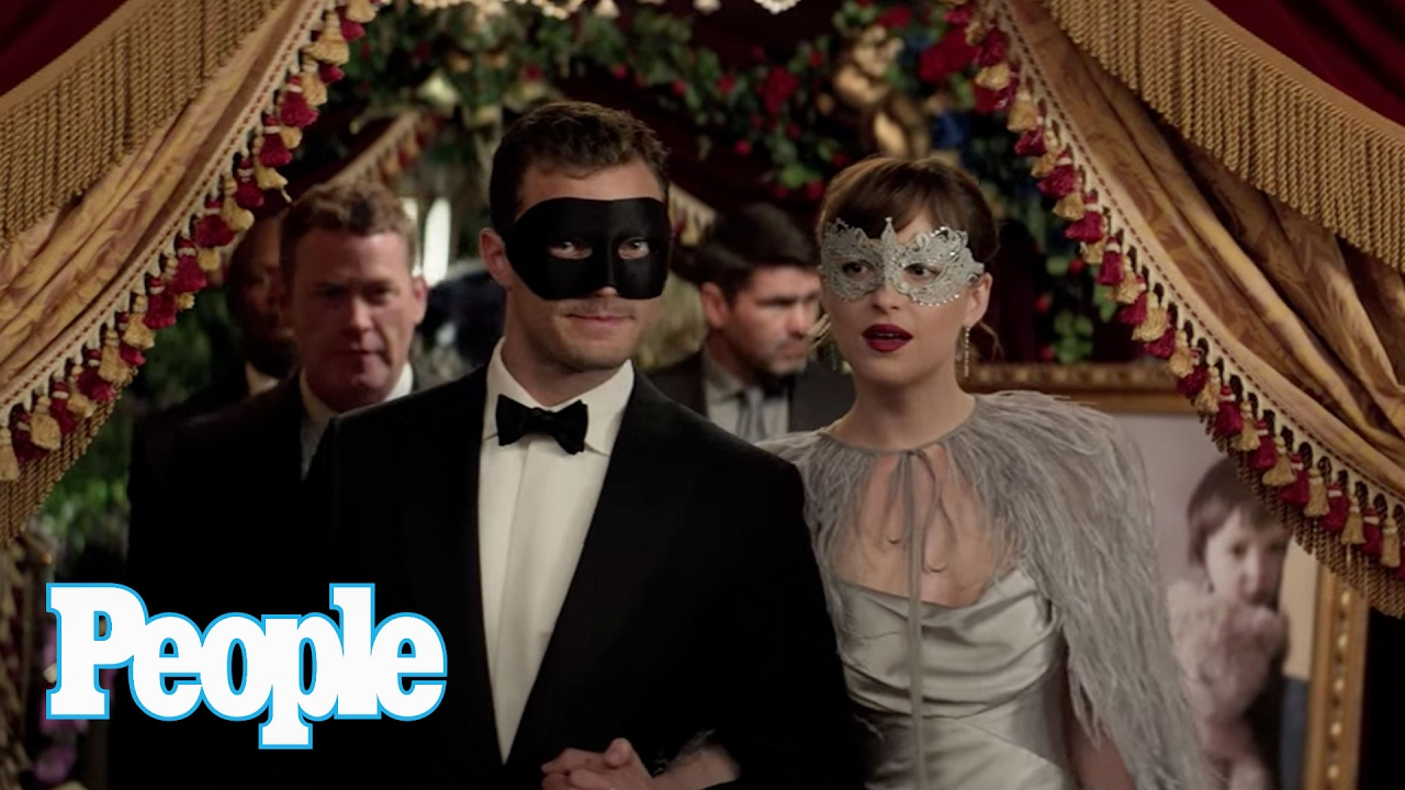 Go Inside Fifty Shades Darkers Masquerade Ball With -8638