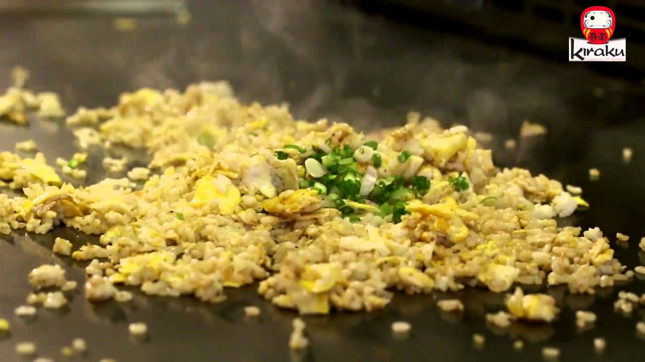 Teppanyaki cooking garlic fried rice youtube teppanyaki cooking garlic fried rice kiraku japanese restaurant ccuart Images