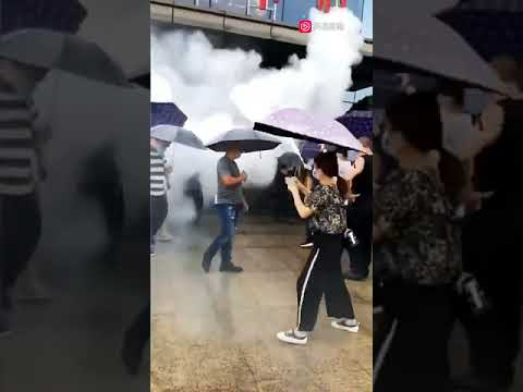 广西柳州业主维权 遭物业用灭火器攻击 多人受伤(图/视频)