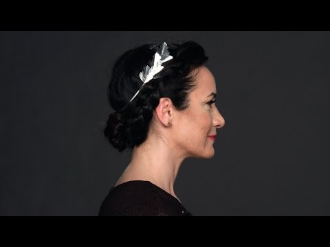 Red Carpet Hairstyle Tutorial: How to Get a Dutch Braid Updo