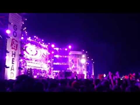 SLANK - Gak Welcome - Live Soundrenaline 2013 Yogyakarta