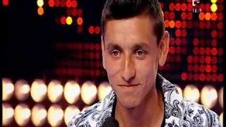 """Smiley - """"Acasă"""" și o manea. Vezi aici cum cântă Alexandru Moise la X Factor"""