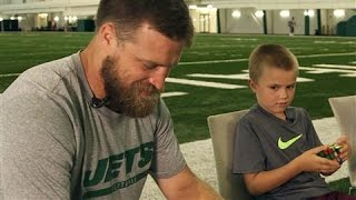 N.Y. Jets' Fitzpatrick & Son in Rubik's Cube Showdown