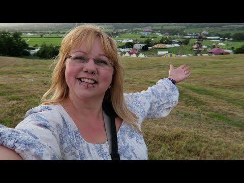 Glastonbury Festival sneak peek tour - Weekly Vlog