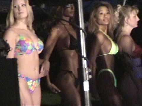 Bikini Contest 1998