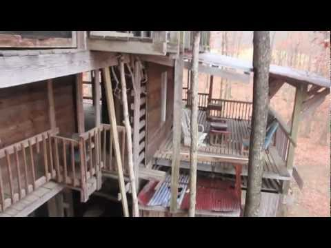 Worlds Largest Treehouse - ABANDONED - The Ministers Chapel