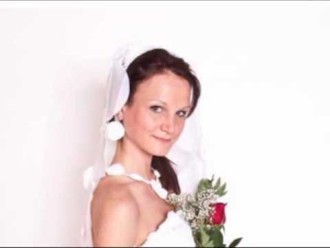 UMass Lowell Student Debuts Wedding Dress From Discarded Plastic Bags