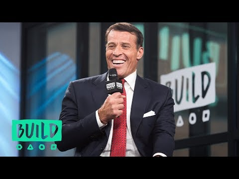Tony Robbins Discusses Warren Buffett's Investment Advice