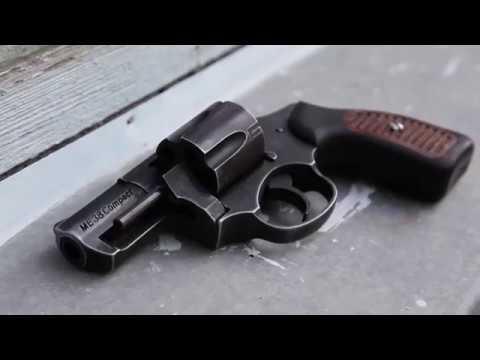 ГУ НП в Хмельницькій області: Виявлення зброї на дачі у пенсіонера
