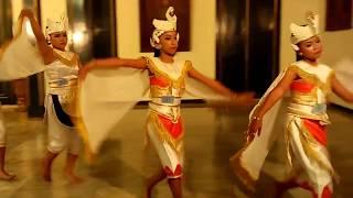 Keisha - Tari Angsa, Ujian Sanggar Soeryo Soemirat Istana Mangkunegoro