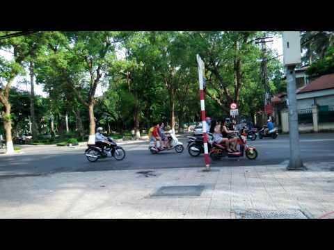 Day on Hanoi Old Quarter - (河內之日常) 1